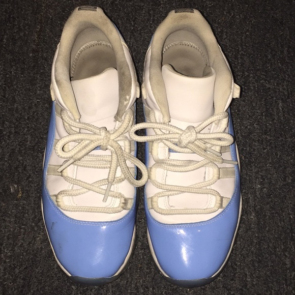 size 40 75479 f8a26 Baby blue and white air Jordan 11's (authentic)